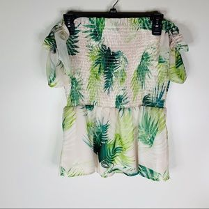 Vince Camuto Tops - Vince Camuto Palm Print Off The Shoulder Top